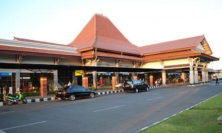 Bandara Internasional Adi Sumarmo